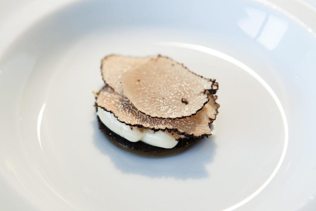 esperienze di gusto al Reale, ristorante 3 stelle Michelin, di Niko Romito. il tartufo